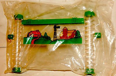 Ant Farm Miniature 7 x 5 Inches NEW Corkscrew Tubes L@@K V.CooL MUST SEE ITEM !!