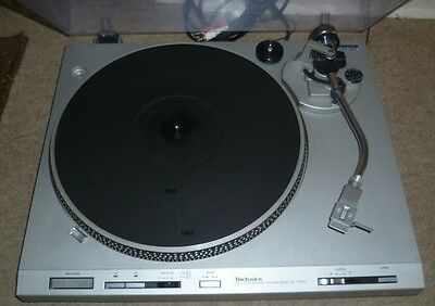 Technics Vintage Sl-D303 Direct Drive Automatic Turntable With Original Lid D303
