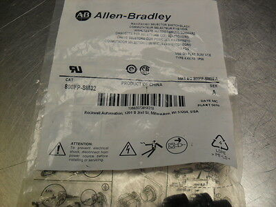 Allen Bradley 800FP-SM32 Selector Switch  New in Factory Sealed Bag