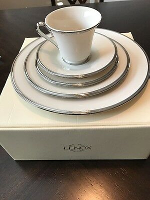 NEW $122 Lenox Solitaire White Platinum Banded 5-Piece Place Setting Bone China