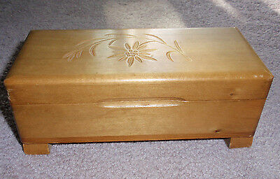 Vintage Wood Music Trinket Box Carved Edelweiss Cover Buhler Swiss Movement NICE