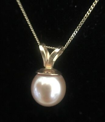 Vintage Very Pretty Pink Pearl Pendant Necklace 9ct Yellow Gold Chain