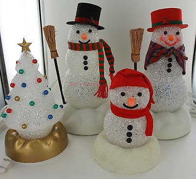 Avon Chilly Light Up Snowmen Family with Christmas Twinkling Tree
