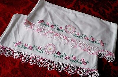 SUPERB PAIR VINTAGE PILLOW CASES with EMBROIDERED & TATTING LACE EDGE