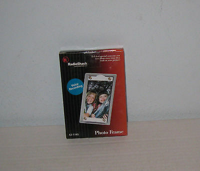 RADIO SHACK DIGITAL Photo Frame #63-1145 2X3 Photo 10 Second Message ...