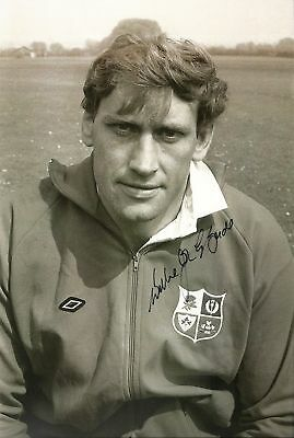 Willie John McBride Signed British & Irish Lions Rugby Photo 12x8 AFTAL RD#175