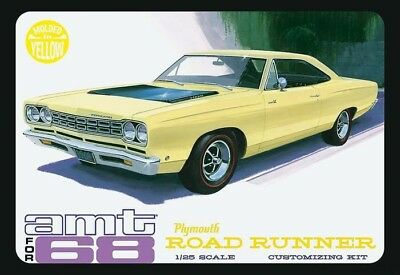 1968 Plymouth Road Runner Yellow 1/25 scale skill 2 AMT plastic model kit#849