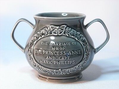 Holkham Pottery PRINCESS ANNE MARK PHILLIPS Marriage Two Handled Mug Jug Cup