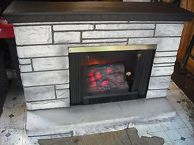 VINTAGE FAUX LIMESTONE HEARTH W/ ELECTRIC FIREPLACE LOG  70's RETRO ANTIQUE OLD