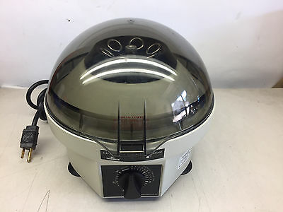 Clay Adams Becton Dickinson 420225 Compact II Centrifuge Very Clean Working
