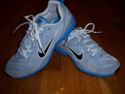Womens Nike Gray Flex Trainer Cross Training Tennis Shoes Sneakers Size 9.5