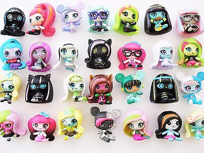Monster High MINIS ghouls - Series 2 - CHOOSE FIGURES - max 99p UK 1st P&P!
