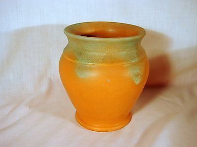 Old Muncie Art Pottery Matt Green Drip Over Pumpkin 6in Hand Thrown Vase, Exclnt