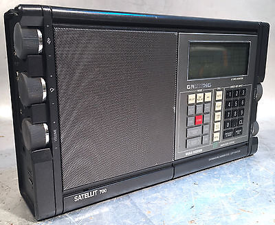 GRUNDIG Satellit 700 Weltempfänger world receiver