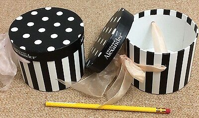 Madame Alexander Rare Black White Accessory Boxes For Sketchbook Savannah's Hat