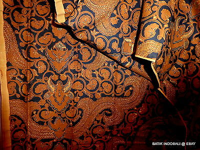 Vintage Indonesian Batik ~ Javanese  Pattern  ~  Large Piece ~ Great  Cond B176