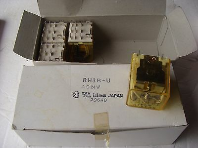 Lot of 14  IDEC RH3B-U 3PDT Relays w/ 20 - SH3B-05 Bases Old Stock NEW  !!!