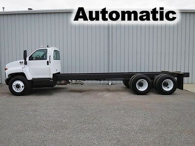 C8500 300 Hp Automatic Tandem Axle Cab Chassis Straight Frame Dump Flat Truck