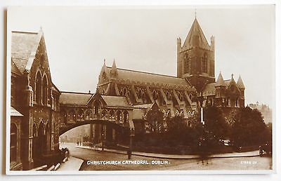 DUBLIN, Christchurch Cathedral, Ireland RP - 1920's - Vintage postcard