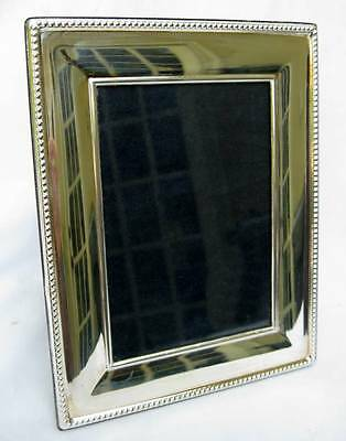 """CARRS ENGLISH STERLING SILVER BEADED EASEL BACK 7"""" x 5.5"""" PICTURE FRAME 2000"""