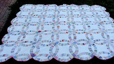 "1930s Double Wedding Ring hand quilted quilt, 88"" x 79"" *"