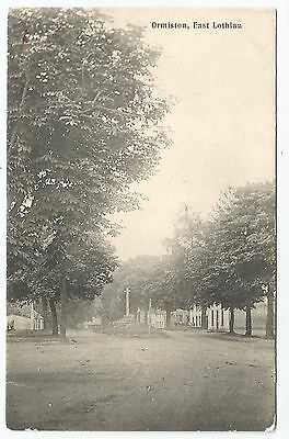 POSTCARDS-SCOTLAND-ORMISTON-PTD. The Main and Street and cross.