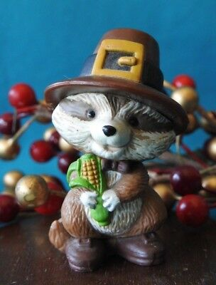 Hallmark Merry Miniature 1981 Raccoon Pilgrim