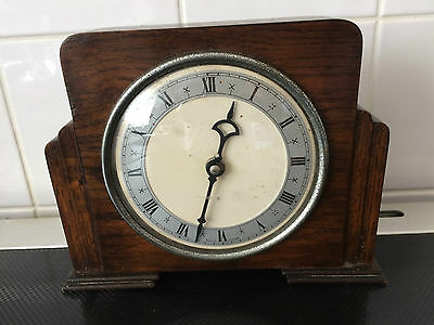 Vintage 1930's Wooden Cased Mantel Clock For Repair (Made In England)