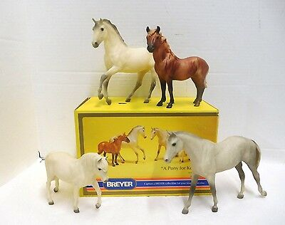 Breyer #3234 A Pony For Keeps Family Horse Set Of 4 With Box
