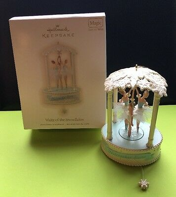 Hallmark Keepsake Ornament Walt Of The Snowflakes Dancers Magic Sound Motion