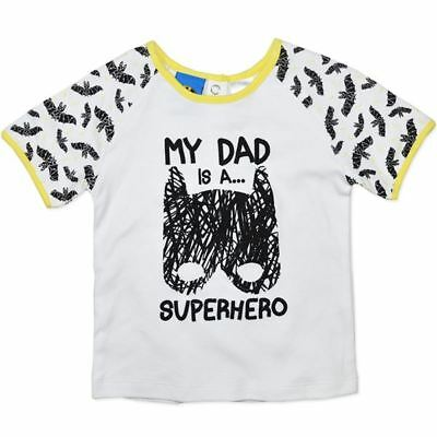 BABY size 0  MY DAD IS A  SUPERHERO T-shirt NEW  6 - 12  mths BATMAN boys girls