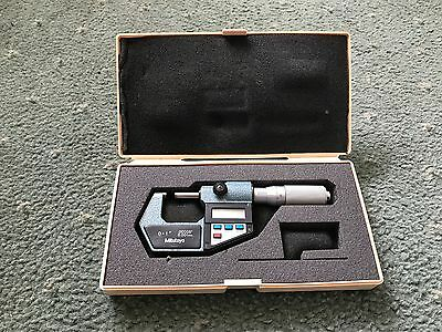 "Mitutoyo Digital Micrometer 0-25 Mm/ 0-1""  In Good Used Condition. Free P&p"