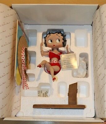 Danbury Mint Betty Boop Boardwalk Betty Collectible Figurine NEW OPEN BOX W/ COA