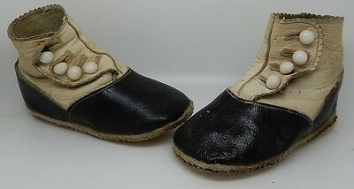 Pair of Antique Button Up Oxford / Saddle Leather Baby Shoes