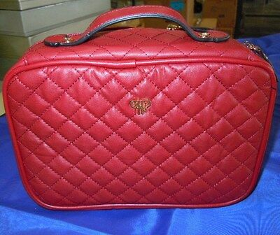 Levenger Quilted Lexi Organizer-Red