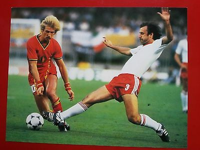 FOOTBALL repro PHOTO LUDO COECK et KUPCEWICZ COUPE DU MONDE 1982 Format 23/30