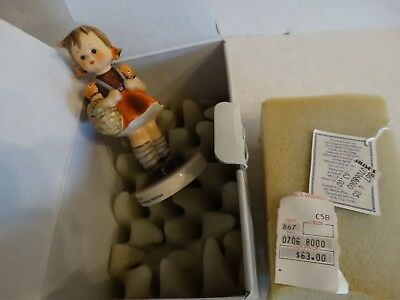 Hummel goebel figurine school girl #81/2/0 TMK-6 mark mint in box