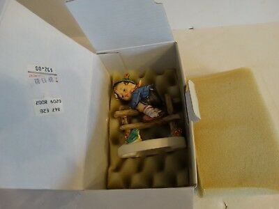 Hummel goebel figurine retreat to safety #201/2/0 TMK-6 mark mint in box