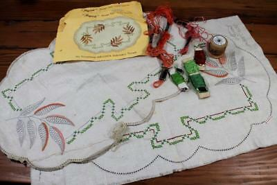 Vintage Myart  Unfinished Traced Linen Doilies Doily to Embroider - Lace Leaves