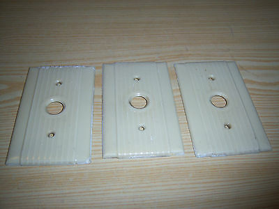 3 Vintage Ribbed ART DECO Electrical Outlet Cover Plates HUBBELL UNILINE X-10898