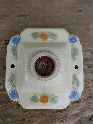 Vintage Porcelain Ceiling Wall Light Fixture Excellent Condition No Reserve