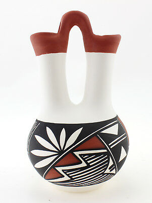 Indian Pottery Acoma Wedding Vase Signed by N. Victorino