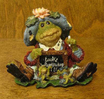 """Boyds RIBBIT & CO. #36705 MS. LILYPOND...LESSON NUMBER ONE...""""LOOK BEFORE LEAP"""""""