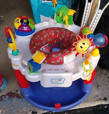 Baby Einstein Discover & Play Entertainer Saucer Sit & Play