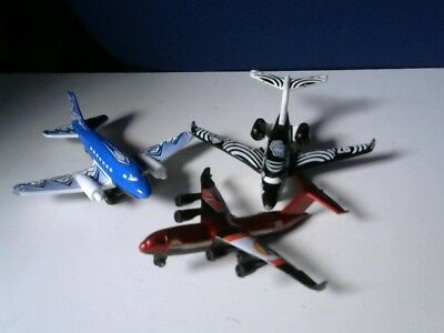 3 Die-Cast Matchbox and Mattel Planes Lot 2 - Metro Jet/Airliner Freight/airline