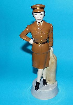 Bairstow Manor collectables figurine ' W.R.A.C ' women of the war 1st q L/E