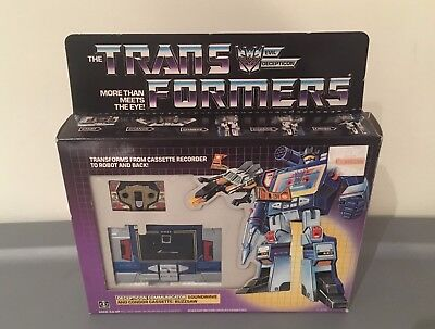 1985 Soundwave & Buzzsaw MIB Boxed Complete G1 Transformers