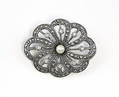 925 Silver Art Nouveau Brooch with Swarovski Stones u. synth. Bead a8-01536
