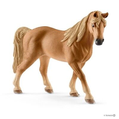 Tennessee Walker mare realistic 13833  Schleich Anywheres a Playground<><