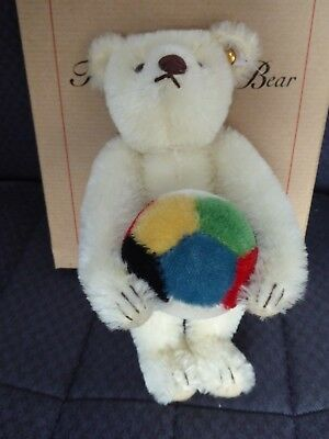 Steiff Exhibition Bear White Mohair Box And Certificate